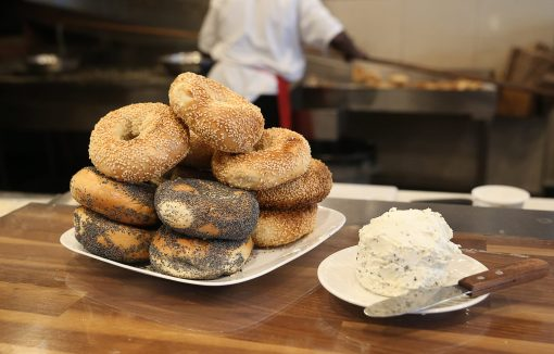 bagels cream cheese